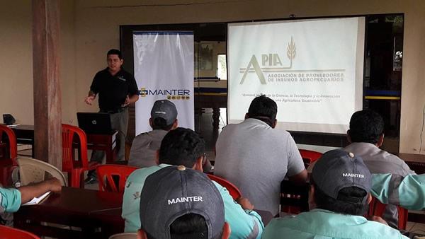 http://apia-bolivia.org/images/boletin/noticias/nota-informe-actividades-cuidagro-campo-limpio-3.jpg
